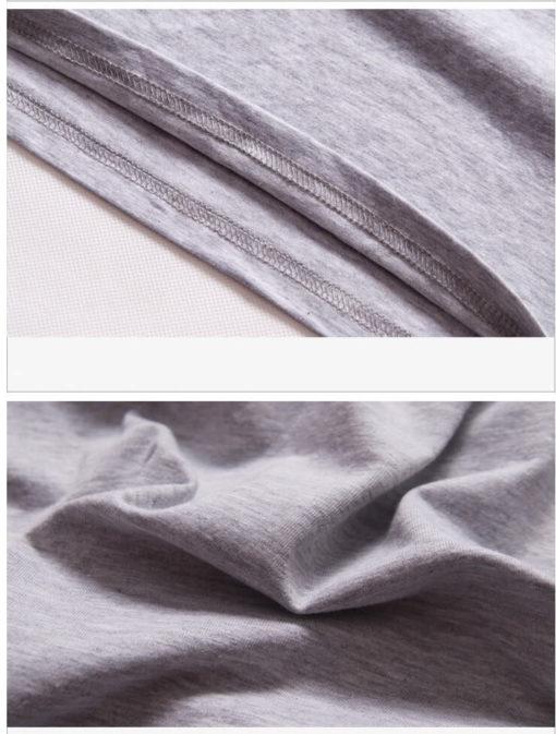 На картинке футболка «Ассасин крид» (Assassins creed), детали, цвет серый.