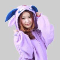 На картинке пижама-кигуруми «Эспеон» Espeon (Покемоны), детали.