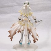На картинке фигурка Fate Zero Сейбер в свадебном платье (подвижная), вид сзади.
