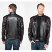 На картинке куртка N7 Mass effect (Масс эффект), вид спереди и сзади.