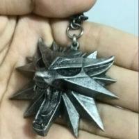 Медальон ведьмака Геральта (Школа волка) фото