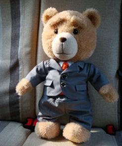 На картинке игрушка медведь Ted из фильма «Третий лишний» (toys), общий вид.