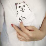 Футболка кот с факом в кармане (2 цвета) фото
