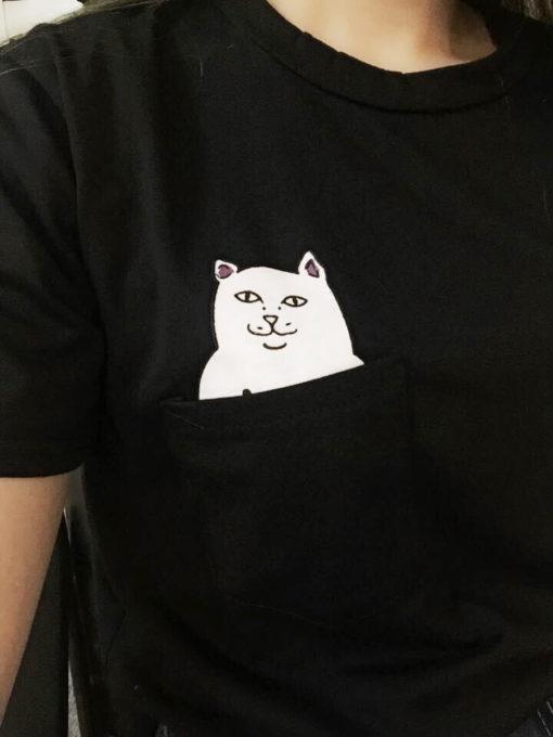 На картинке футболка кот с факом в кармане (2 цвета), детали, цвет черный.