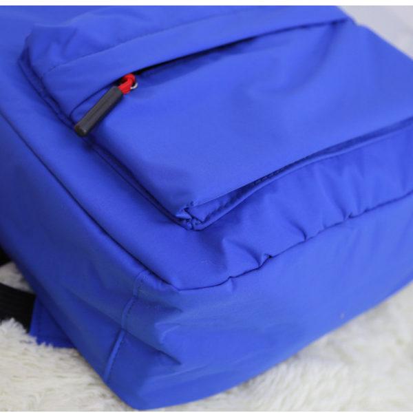 На картинке рюкзак «Супермен» (Superman), детали.