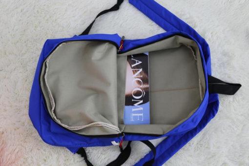 На картинке рюкзак «Супермен» (Superman), вид внутри.