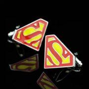 На картинке запонки «Супермен» (Superman), вариант Красно-желтые.