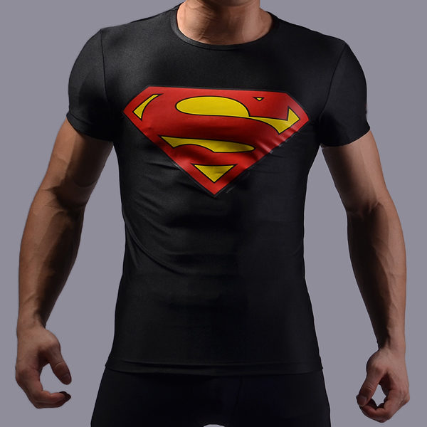 На картинке футболка с эмблемой Супермена (Superman) 4 варианта, вариант Черная.