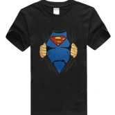На картинке футболка «Рубашка Супермена» (Superman), вид спереди, цвет черный.