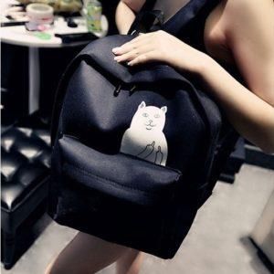 На картинке рюкзак с котом, который показывает факью (4 цвета), черный.