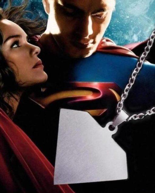 На картинке подвеска «Супермен» (Superman), вид сзади.