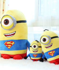 На картинке мягкая игрушка «миньон Супермен» (Superman) 2 варианта, вариант 30 см.