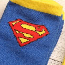 На картинке носки «Супермен» (Superman), детали.