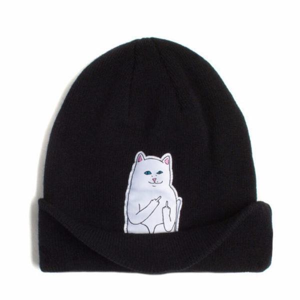 На картинке шапка с котом, показывающим фак (3 цвета), вид спереди, цвет черный.