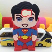 На картинке чехол «Супермен» на Samsung Galaxy S3-S4-S5-S6 (Superman), вид сзади.