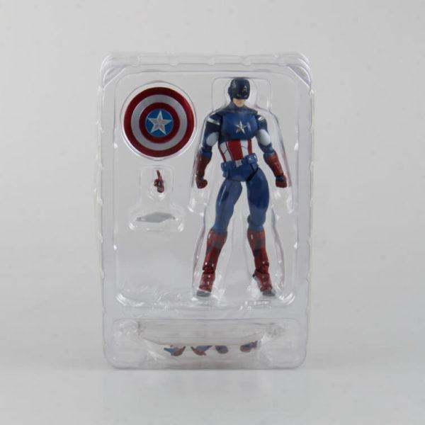 На картинке подвижная фигурка Капитана Америки \ Первого Мстителя (Мстители), вид в упаковке.
