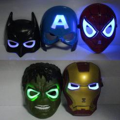 На картинке маски «Мстители» (Марвел \ Marvel) 5 вариантов, вид спереди.