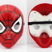 На картинке маски «Мстители» (Марвел \ Marvel) 5 вариантов, вид спереди и сзади, вариант Человек-паук.