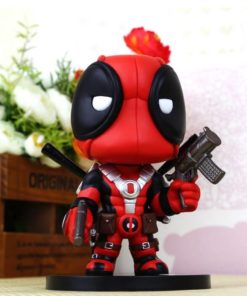 На картинке минифигурка Дэдпула Марвел (Дедпул \ Deadpool), вид спереди.