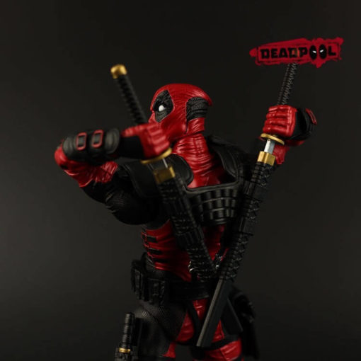 На картинке фигурка Дедпул Люди Икс (Дэдпул \ Deadpool X MEN), детали.