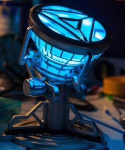 На картинке игрушка мини-реактор Железного Человека (Iron Man).