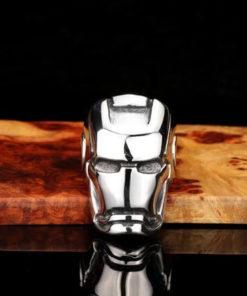 На картинке кольцо Железный Человек (Iron Man), вид спереди.