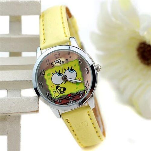 На картинке часы со Спанч Бобом (Губка Боб).