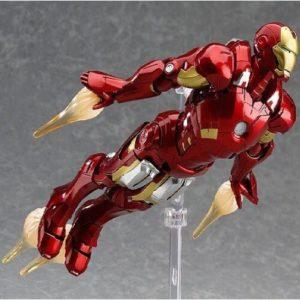 На картинке подвижная фигурка Железного Человека (Iron Man), общий вид.