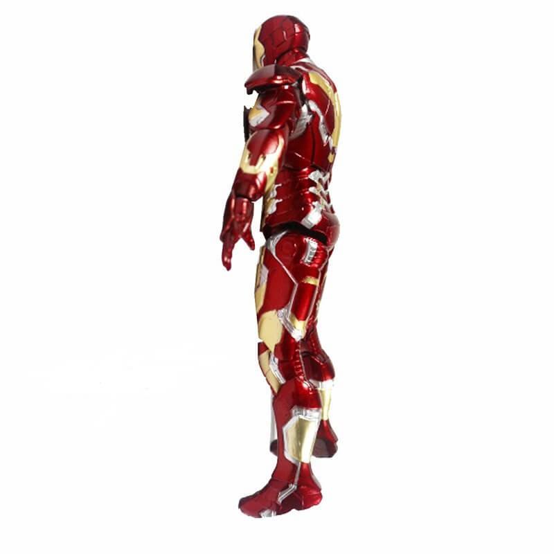 На картинке фигурка Железный Человек (Marvel Legends) (Iron Man), вид сбоку.