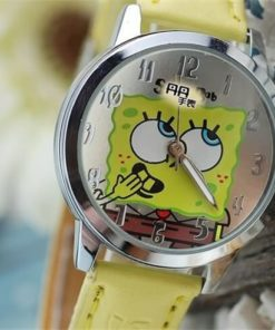 На картинке часы со Спанч Бобом (Губка Боб), детали.
