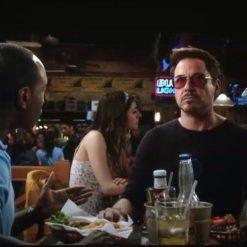 На картинке очки из Железного Человека 3 (Тони Старка) (Iron Man), кадр из фильма.