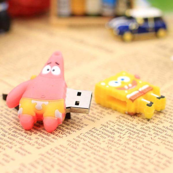 На картинке флешка Губка боб (Спанч Боб) и Патрик, общий вид.