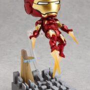 Подвижная минифигурка нендроид Железного Человека Марк III (Iron Man) фото