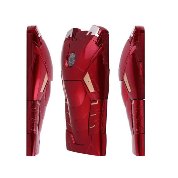 На картинке чехол Железный Человек (на айфон 5-5S-5G-6) 2 варианта, вариант Красный.