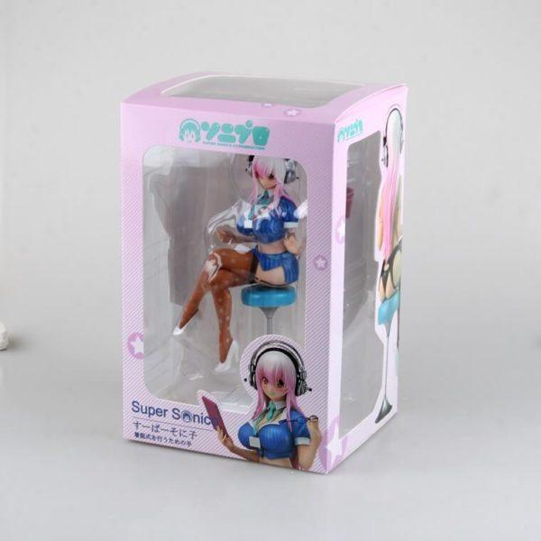 На картинке аниме статуэтка Супер Сонико (Super Sonico) 18+, вид в упаковке.