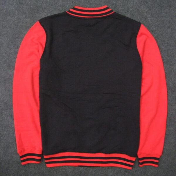 На картинке куртка с Дэдпулом (Дедпул \ Deadpool), вид сзади.