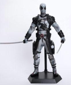 На картинке коллекционная фигурка Дедпула (Дэдпул \ Deadpool) 2 варианта, вариант В сером.