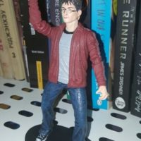 На картинке фигурка Гарри Поттера (Harry Potter), общий вид.