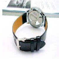 На картинке часы с Микки Маусом (женские), общий вид.