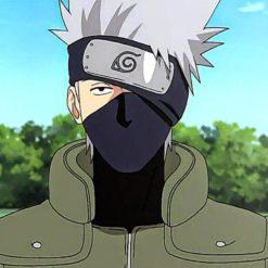 На картинке маска Какаши из Наруто (Naruto), кадр из аниме.