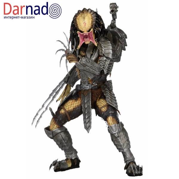 На картинке коллекционная фигурка Чужой против Хищника — Scar predator (Neca \ Нека), вид спереди.