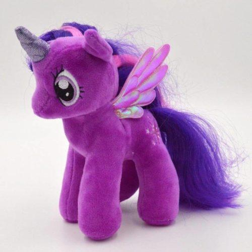 На картинке мягкая игрушка пони Сумеречная Искорка с крыльями из Май Литл Пони (My little pony \ Дружба это чудо), общий вид.