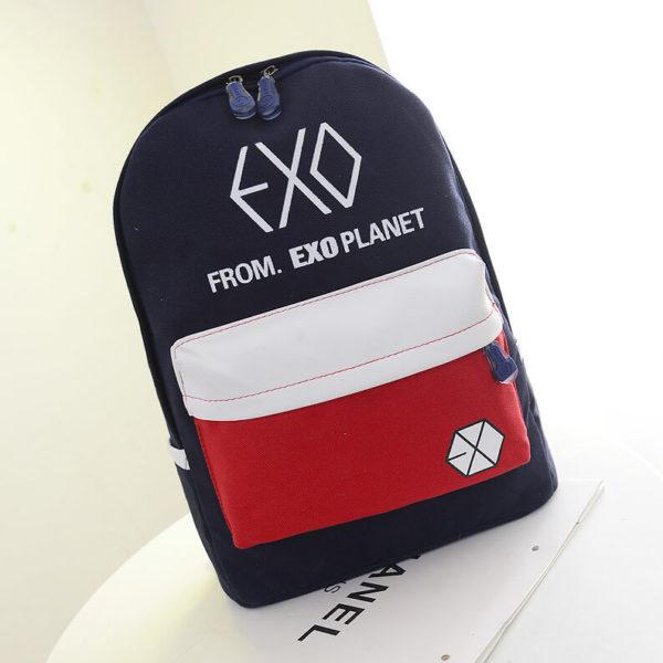 На картинке школьный рюкзак Exo planet, вид спереди.