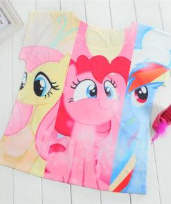 На картинке футболка женская Май Литл Пони (My little pony \ Дружба это чудо), вид спереди.