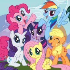 На картинке мягкие игрушки из Май Литл Пони (My little pony \ Дружба это чудо), промо к сериалу.