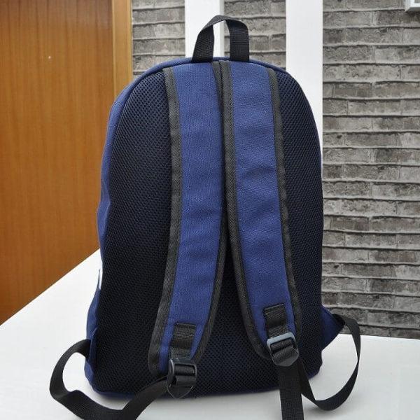 На картинке школьный рюкзак Exo planet, вид сзади.