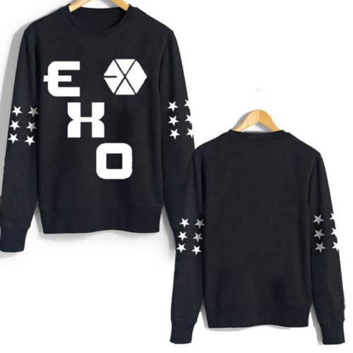 На картинке свитшот Exo (3 варианта), вид спереди и сзади, цвет черный.