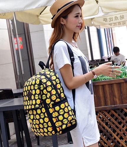 На картинке рюкзак «Смайлы», общий вид.