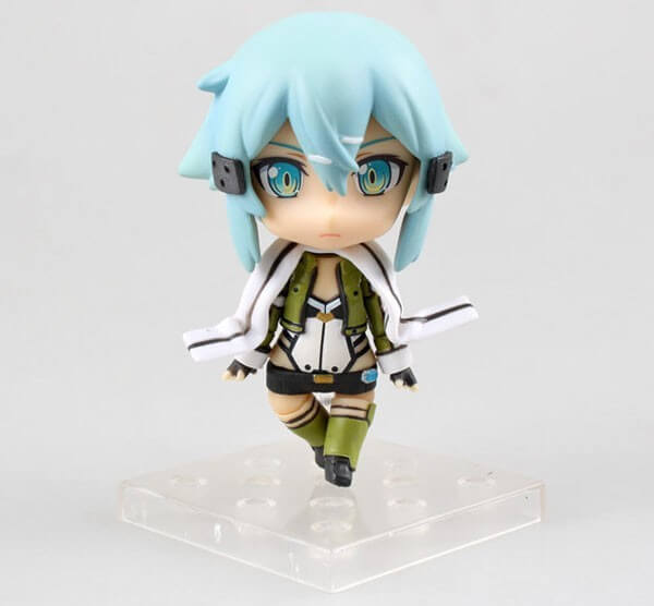 На картинке фигурка нендроид Синон «Sword Art Online», вид спереди.