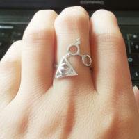 На картинке кольцо Гарри Поттер (Harry Potter) 3 варианта, вариант Серебряный.